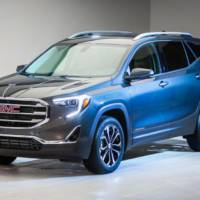 2018 GMC Terrain unveiled with new design
