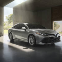 2018 Toyota Camry unveiled at NAIAS