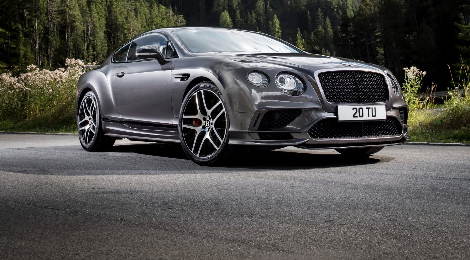 2018 Bentley Continental GT Supersports front exterior