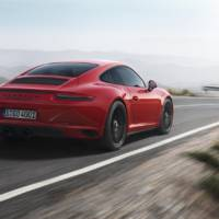 Porsche 911 GTS launched in NAIAS Detroit 2017