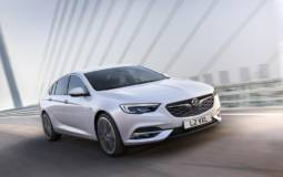 2017 Vauxhall Insignia Grand Sport UK pricing announced
