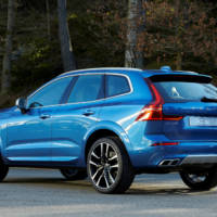 2018 Volvo XC60 - Official pictures and details