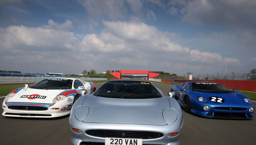 Jaguar XJ220 parade scheduled on Silverstone