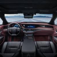 Lexus LS500h unveiled in Geneva