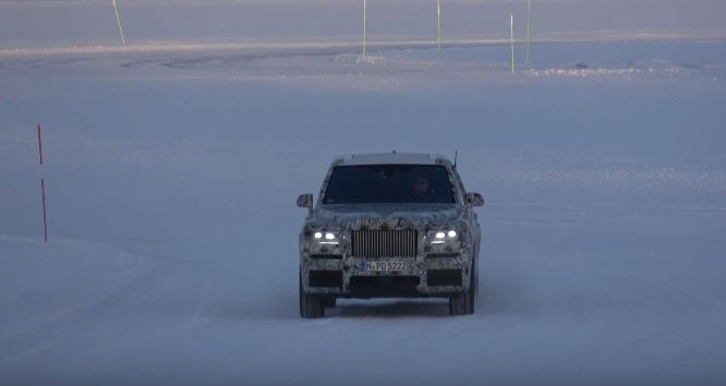 2019 Rolls-Royce Cullinan - Spy video
