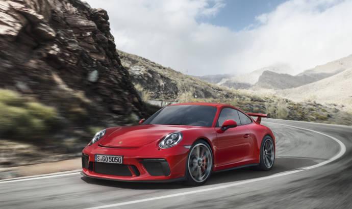Porsche introduces the revised 911 GT3