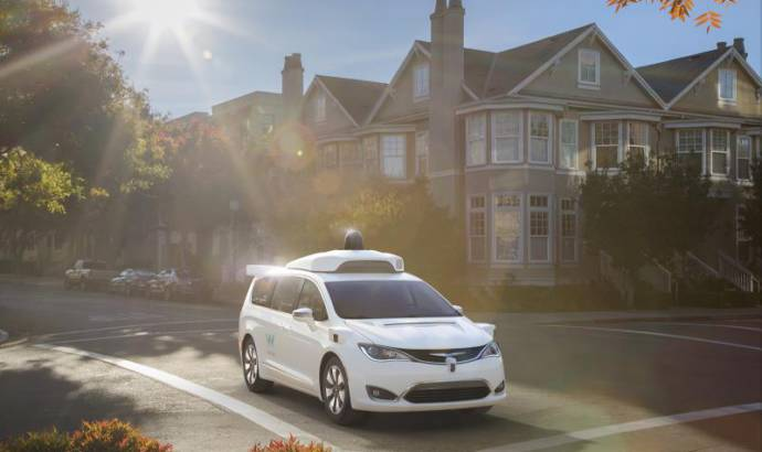 FCA Group to deliver 500 additional Chrysler Pacifica Hybrid to Waymo