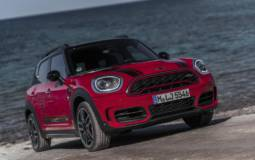 Mini Countryman John Cooper Works version launched