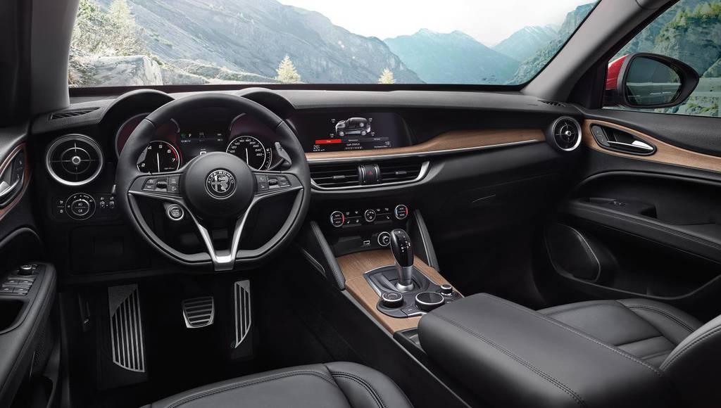 Alfa Romeo Stelvio US pricing announced