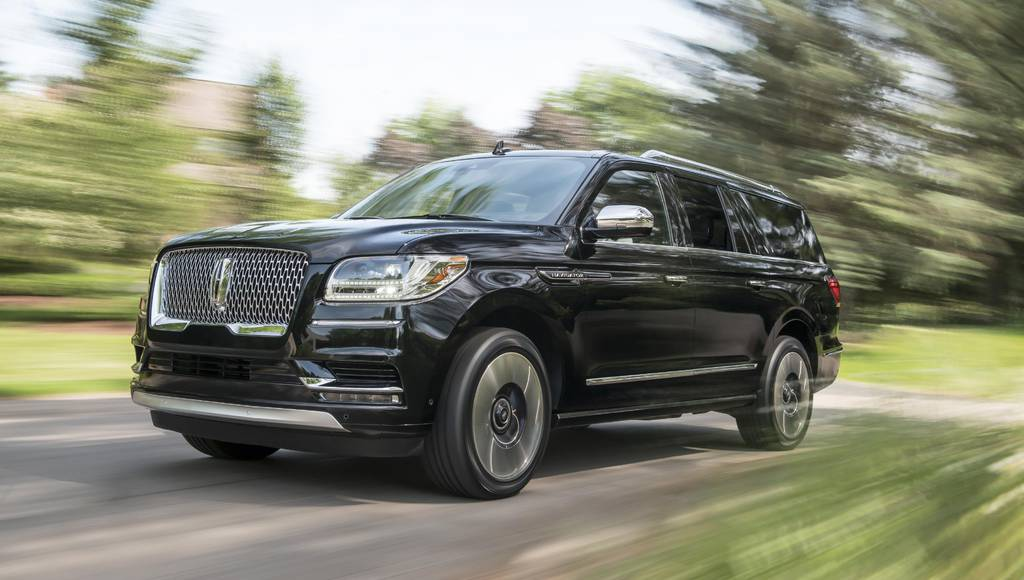 2018 Lincoln Navigator with extended wheelbase