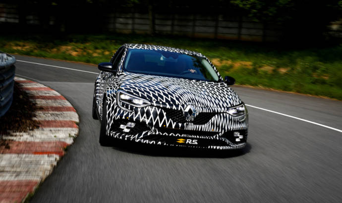 2018 Renault Megane RS will have 4 wheel steering and Cup chassis