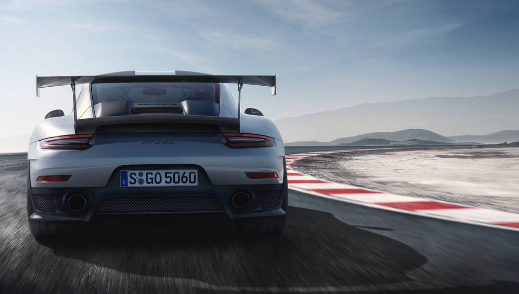 2018 Porsche 911 GT2 RS is here and has 700 horsepower and supercar performances