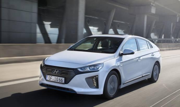 Hyundai Ioniq Plug-In Hybrid UK pricing announced