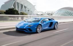 Lamborghini sales up 4 percent in first half of 2017