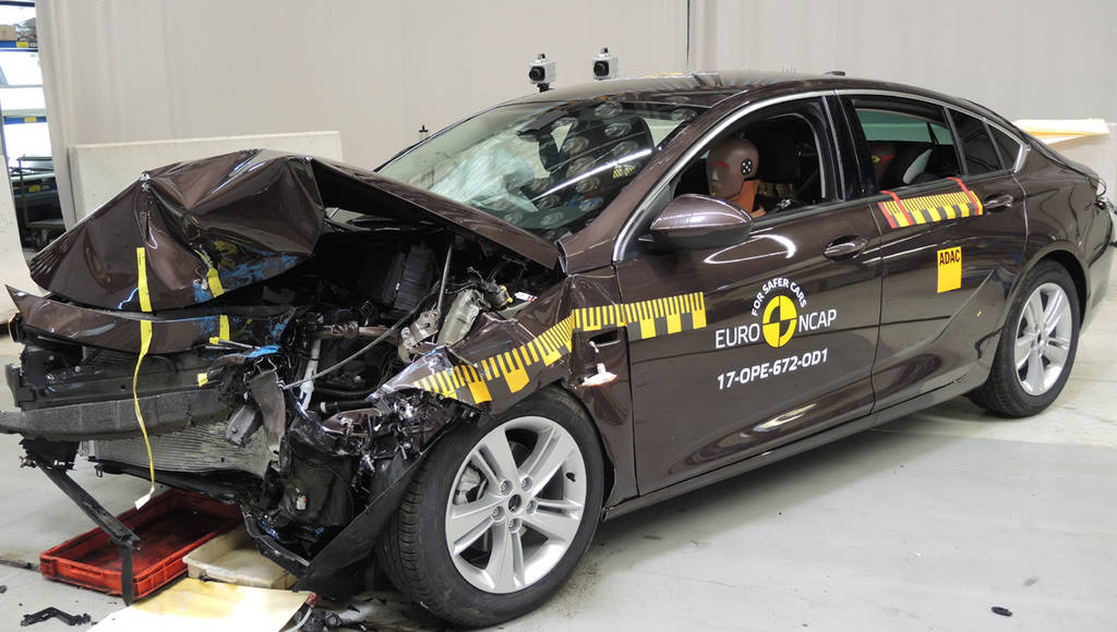 Opel Insignia scores five stars in EuroNCAP tests