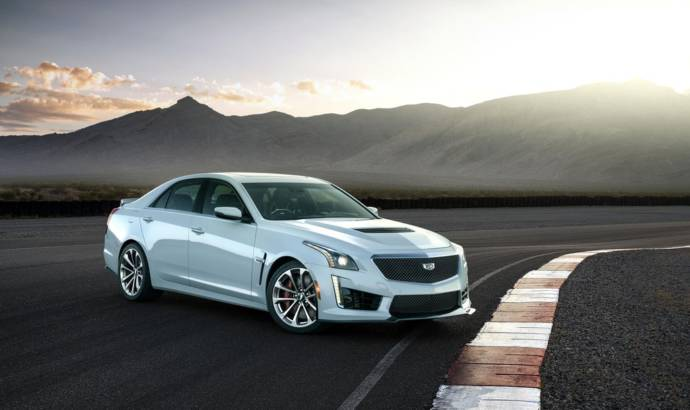 Cadillac CTS-V Glacier Metallic Edition launched in US