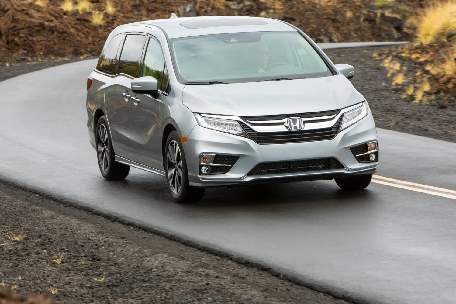2018 Honda Odyssey front side exterior