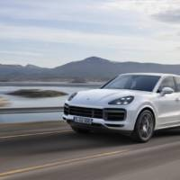 2018 Porsche Cayenne Turbo launched