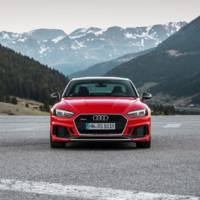 Audi RS4 Avant and RS5 Coupe are available in Carbon Edition