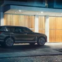 BMW Concept X7 iPerformance - official pictures and details