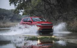 2017 Jeep Compass earns top safety pick from IIHS