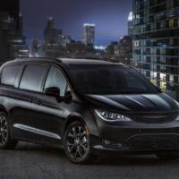 Chrysler Pacifica S Appearance Package introduced