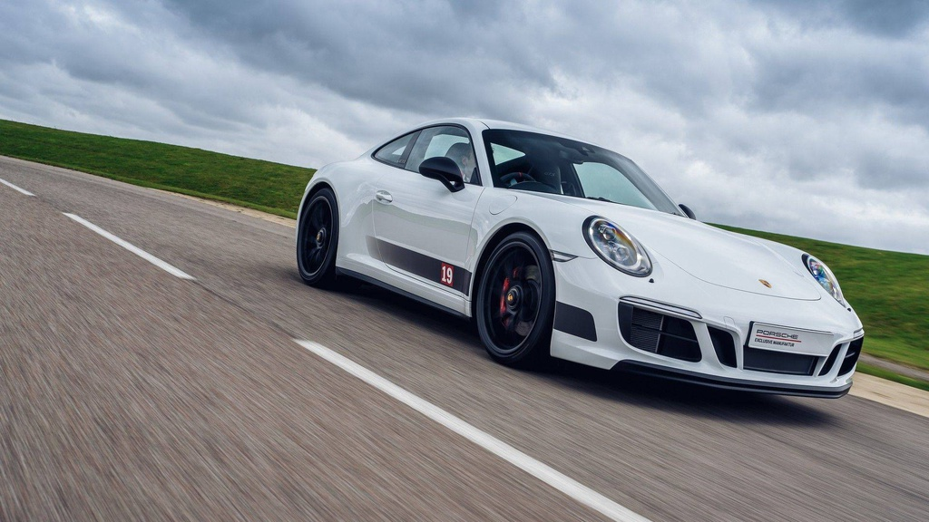 Porsche 911 Carrera 4 GTS British Legends Edition introduced