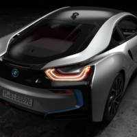 2018 BMW i8 Coupe and i8 Roadster - Official pictures and details