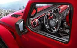2018 Jeep Wrangler new interior photos