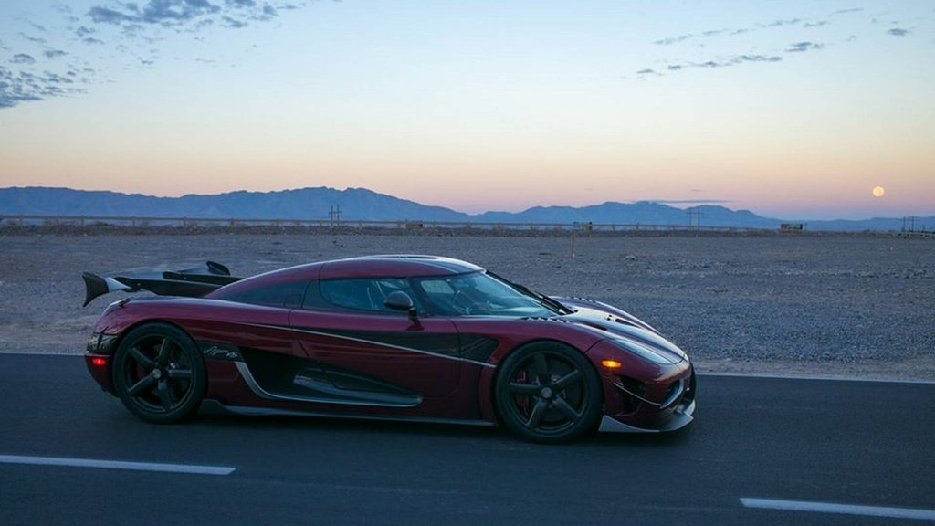 Koenigsegg Agera RS is the new fastest street-legal production car in the world