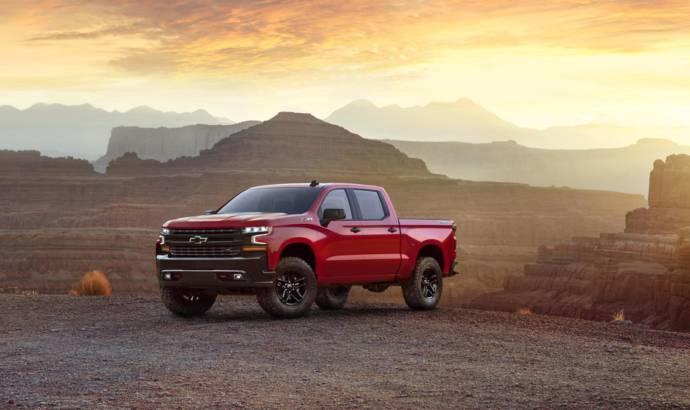 2019 Chevrolet Silverado first official photos