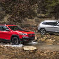 2019 Jeep Cherokee - official pictures and details