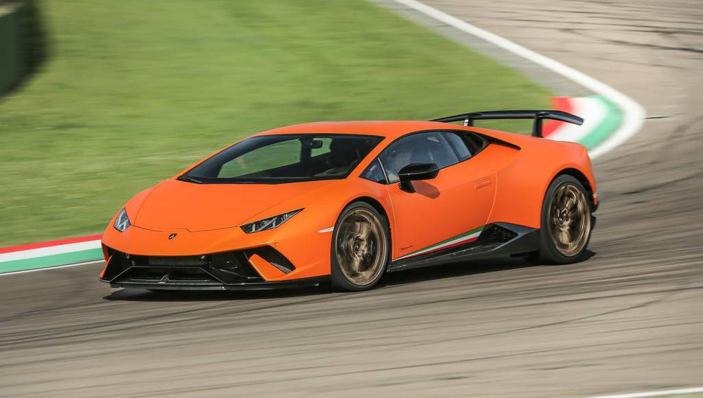Lamborghini set record sales in 2017
