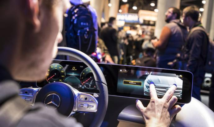 Mercedes-Benz User Experience debuts in CES