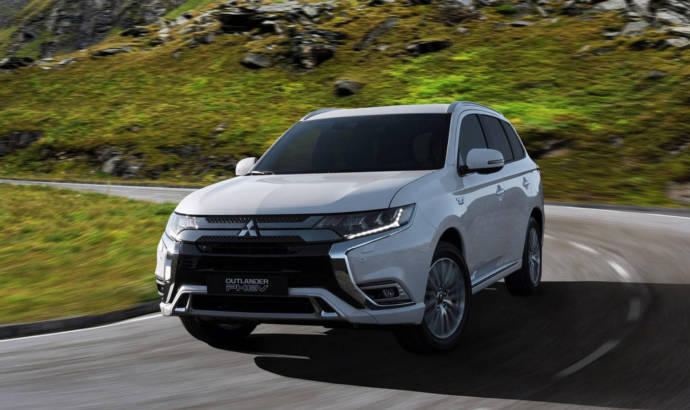 2019 Mitsubishi Outlander PHEV has a new engine