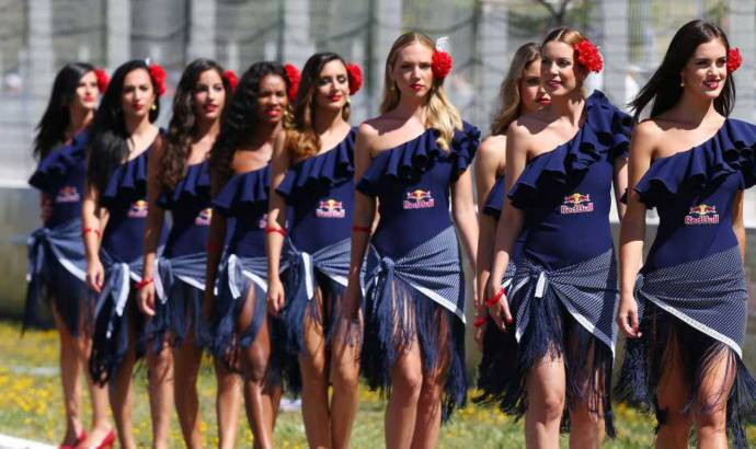 Formula 1 grid girls are replaced with grid kids