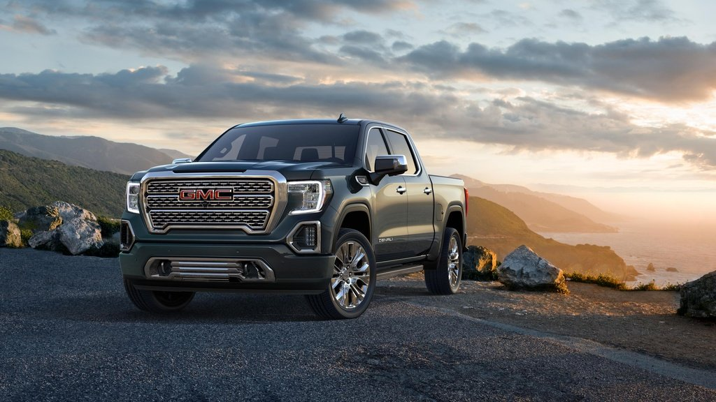 2019 GMC Sierra Denali and SLT announced in US