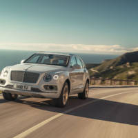 Bentley Bentayga has a plug-in hybrid version with 50 kilometers of electric drive