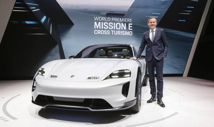 Porsche Mission E Cross Turismo launched