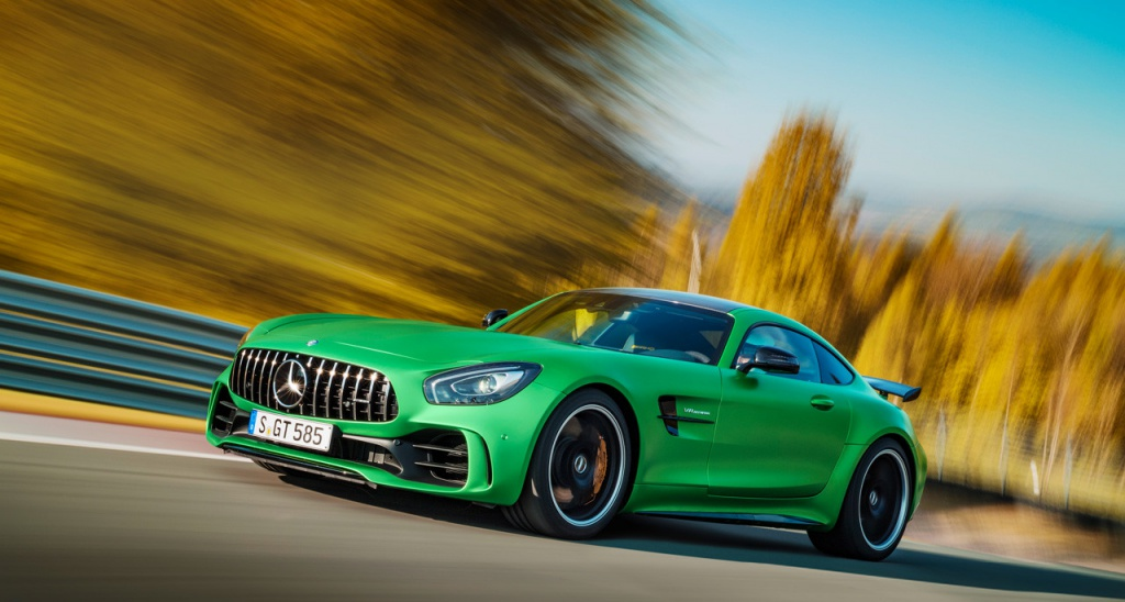 VIDEO: Top 5 Mercedes-AMG features