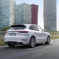 2019 Porsche Cayenne E-Hybrid details announced