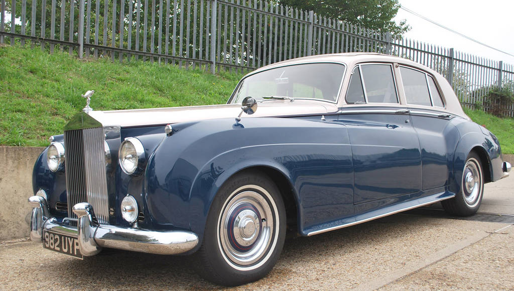 Rare 1960 Rolls Royce Silver Cloud going for auction