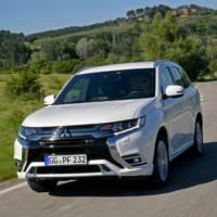 2019 Mitsubishi Outlander PHEV updates detailed
