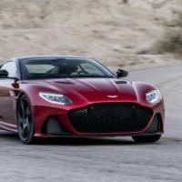 Aston Martin DBS Superleggera officially introduced