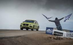 Bentley Bentayga sets new world record at Pikes Peak