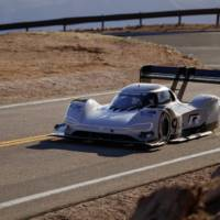 I.D. R Pikes Peak charging system detailed