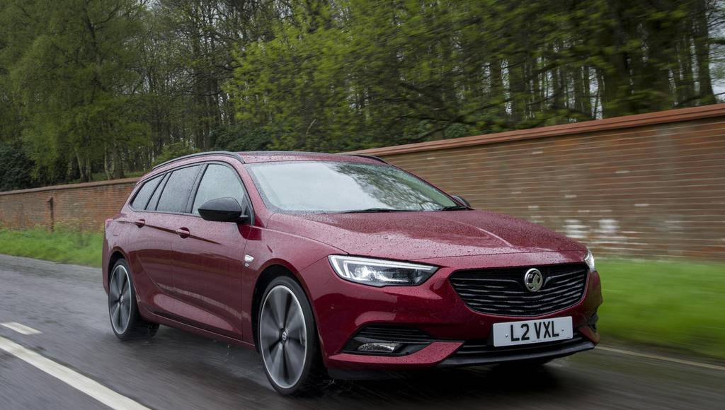 Vauxhall Insignia receives new body colors through Exclusive programs