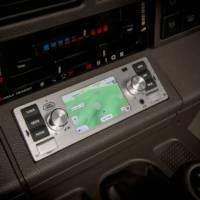 Retro infotainment system for your retro Jaguar Land Rover