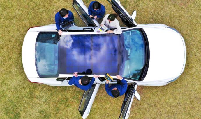 Hyundai and Kia to launch solar roof on their future cars