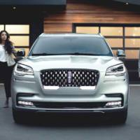 2020 Lincoln Aviator is here and it has a plug-in powertrain
